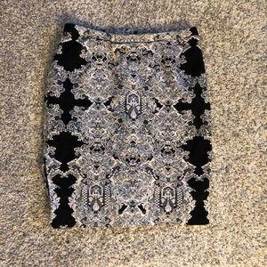 H&M black and white mini skirt